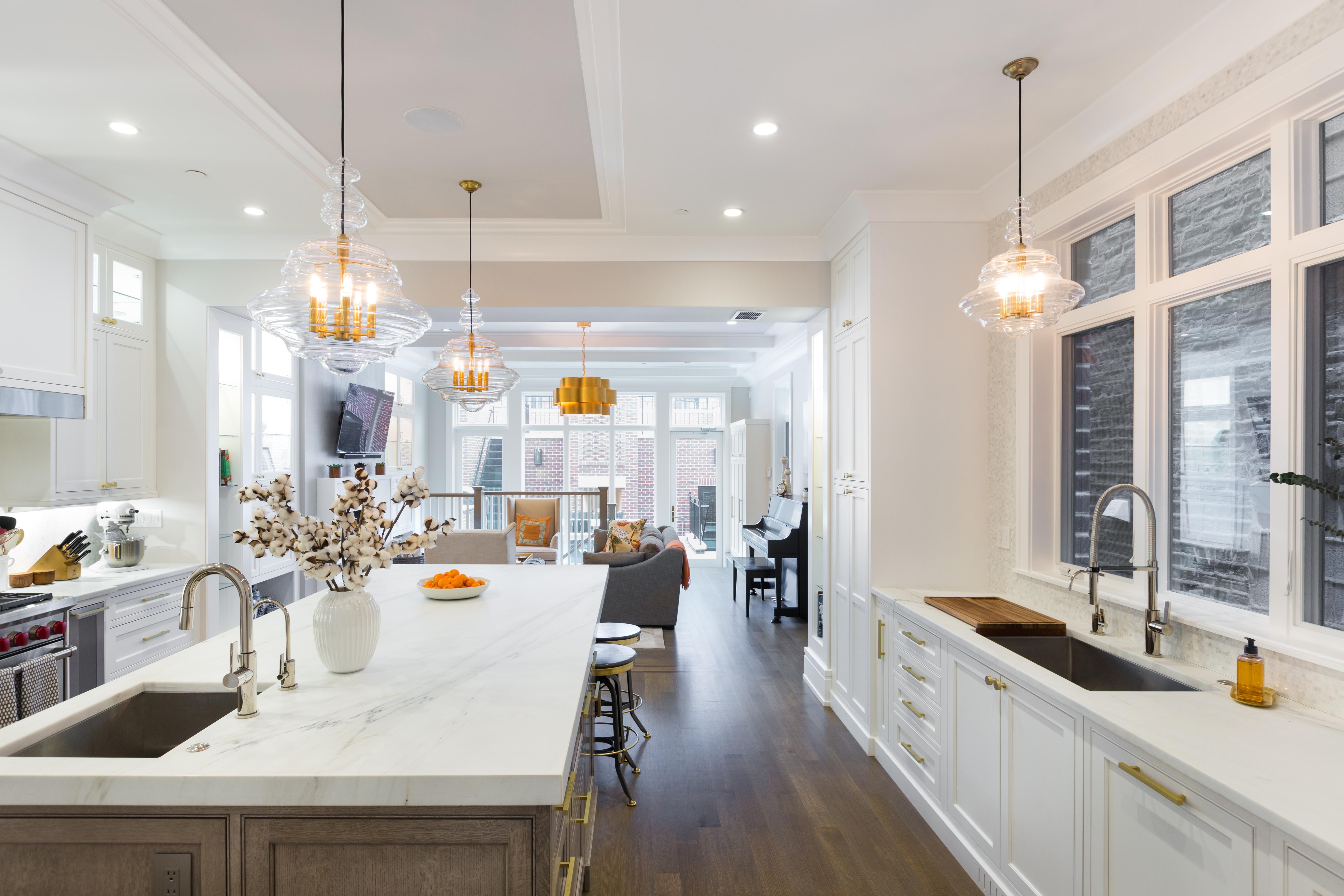 Lincoln Park Kitchen |Avery Graham Interiors LLC