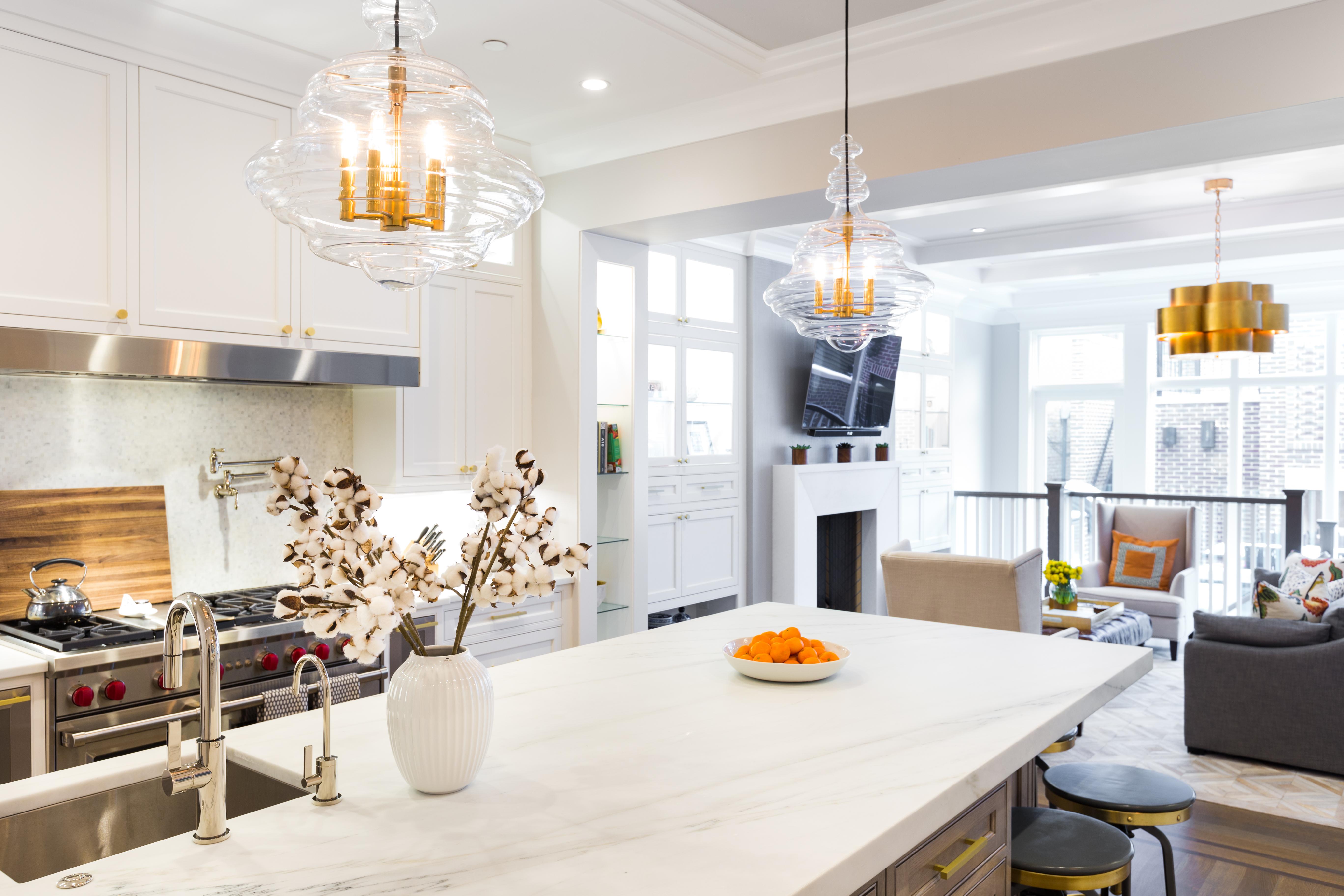 Lincoln Park Kitchen | Avery Graham Interiors
